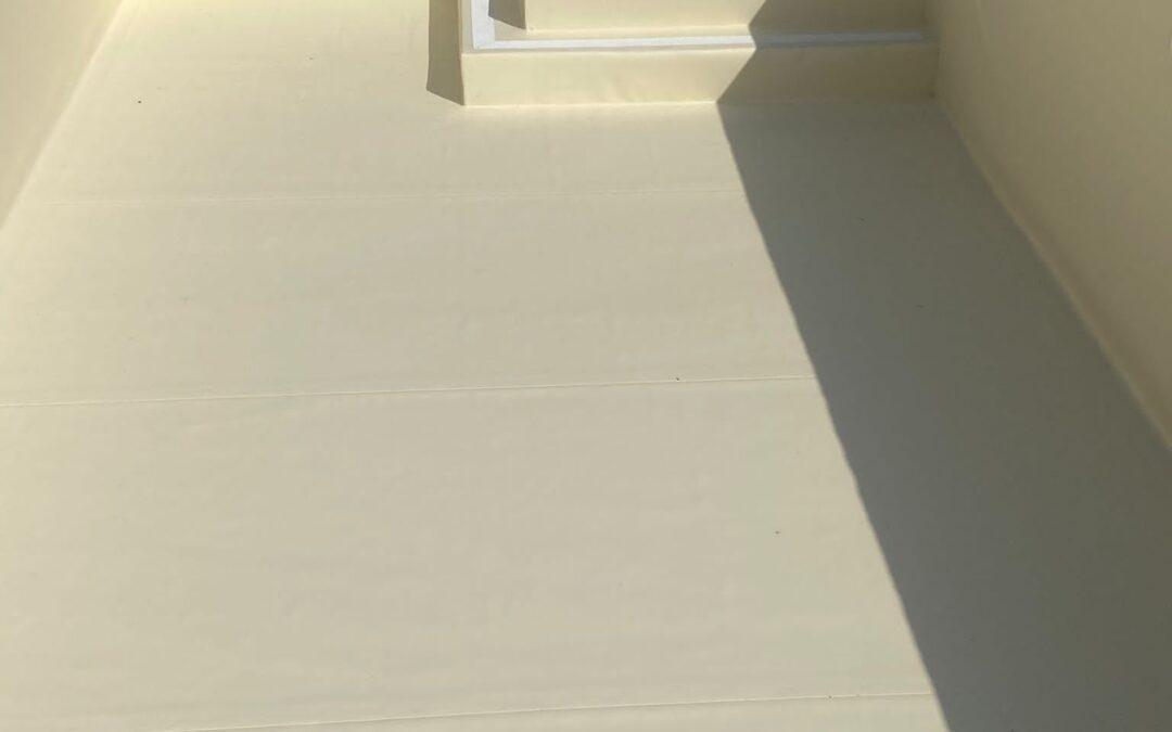 Impermeabilización de piscina con lámina de PVC